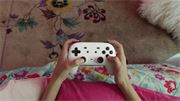 google_stadia_controller_in_hands_3840.0.jpg