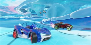 Team Sonic Racing tůruje motory ve startovním traileru
